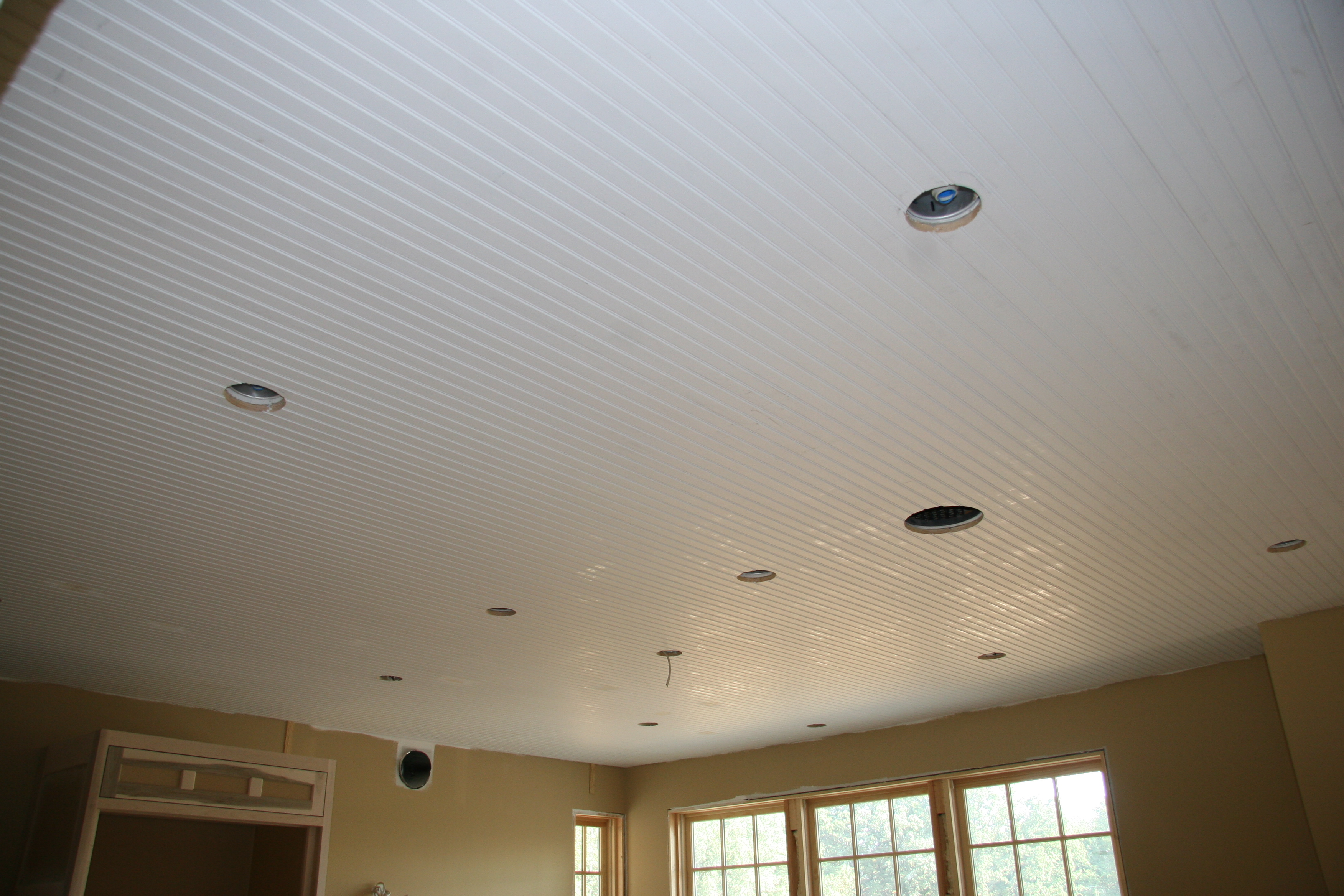 Tung and groove ceiling
